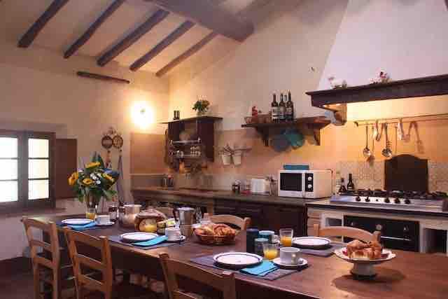 Ferienwohnung auf toskanischen Anwesen bis 8 Personen mit Pool