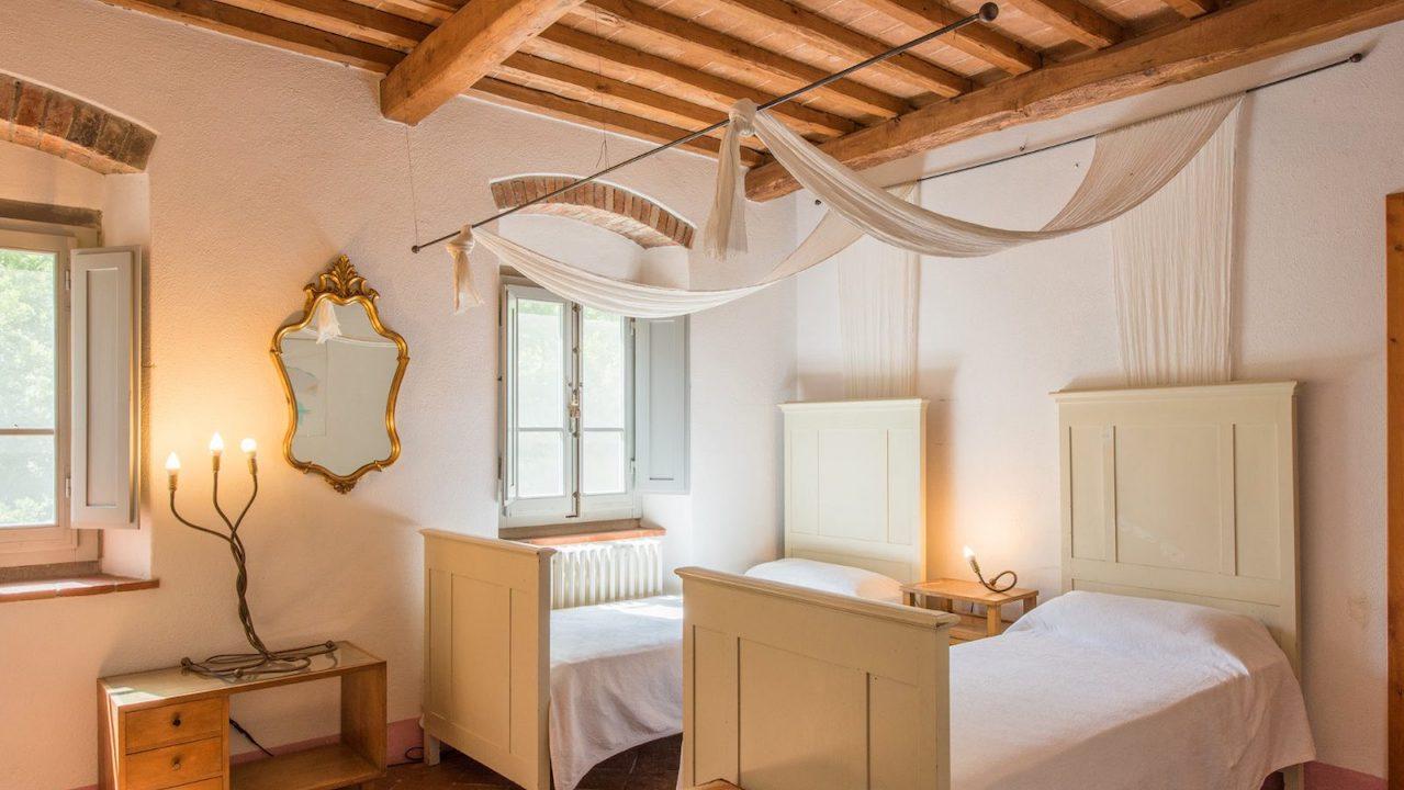 Toscana Villa mieten mit privatem Pool