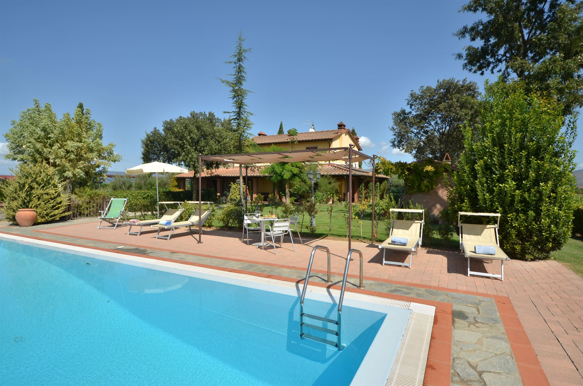 Ferienhaus Toscana mieten privater Pool bis 8 Personen